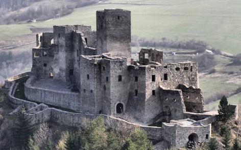 hrad-strecno